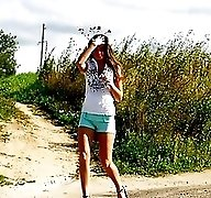 Model caught urinating alfresco at the countryside