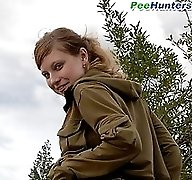 Blonde teeny lets her pussy gush with fresh piss