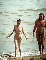 Totally nude girls and guys in the sneaky beach shots